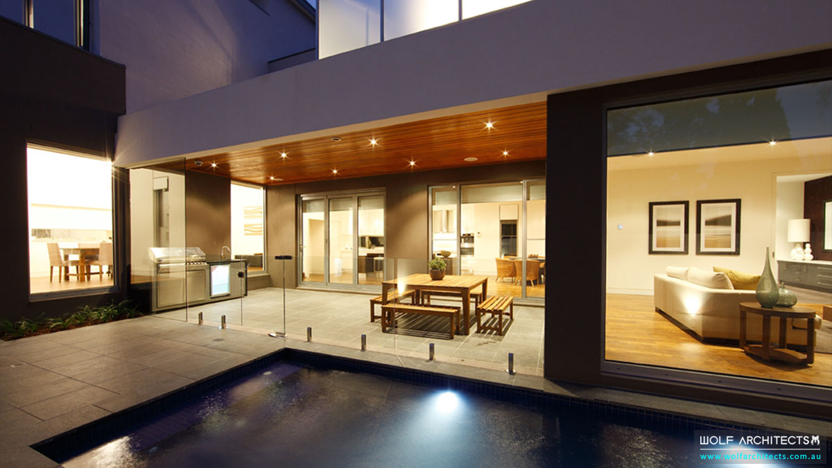 indoor-outdoor-rooms-with-pool-by-wolf-architects