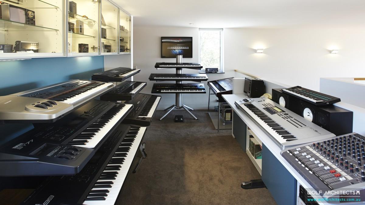 musicians work studio