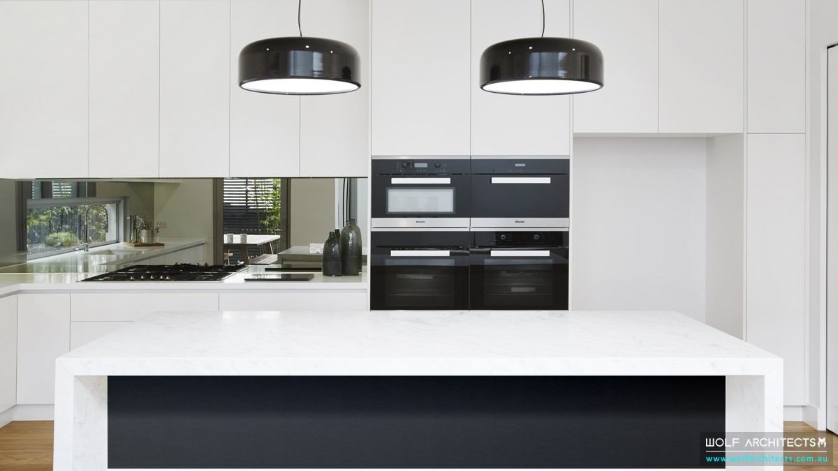 Black & White Modern Kitchen